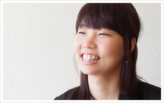 村 田 美 子